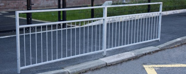 Nk standard guard rail fencing uk